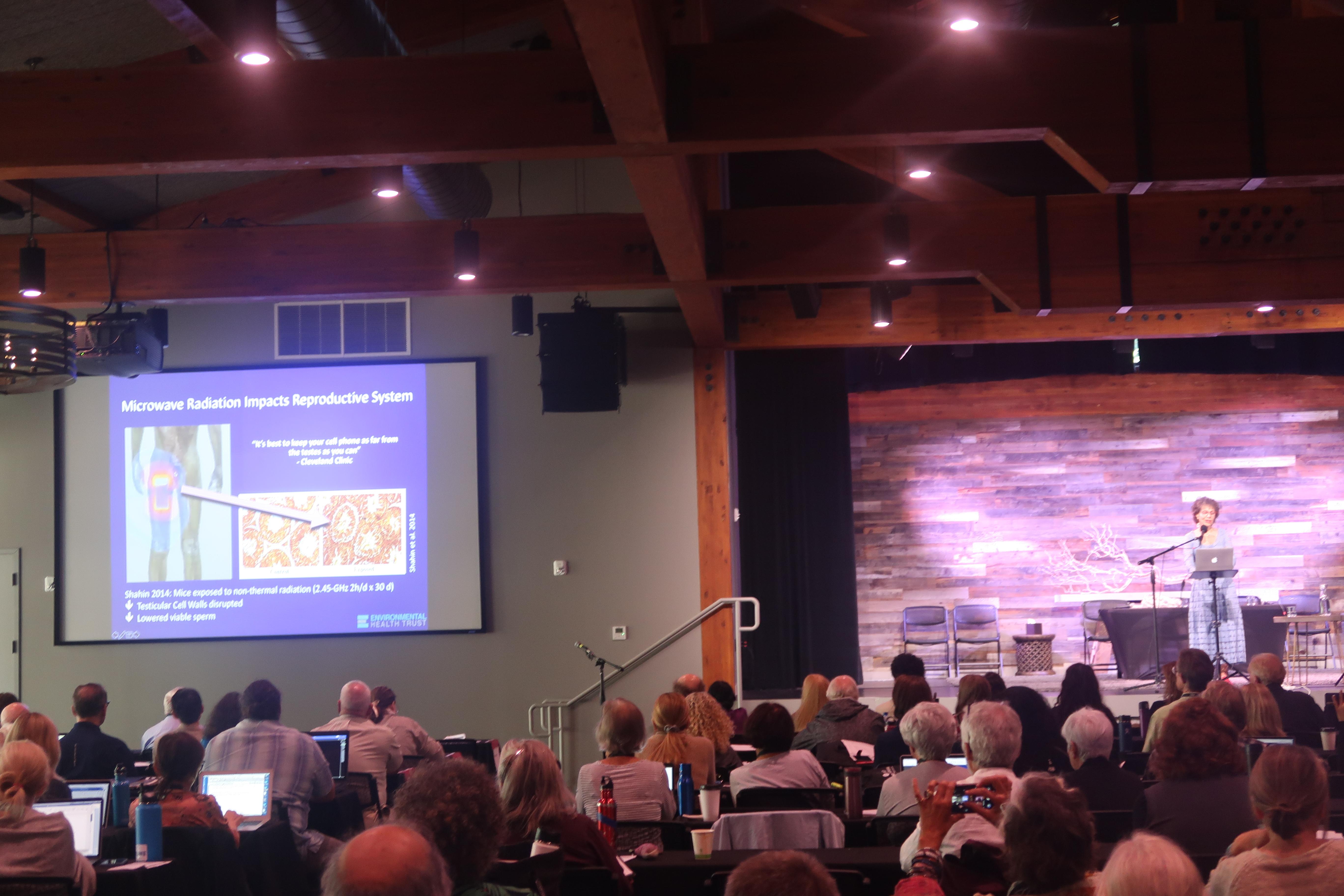 Global Experts Speak at EMF Conference 2019 in Santa Cruz, Smombie Gate | 5G | EMF